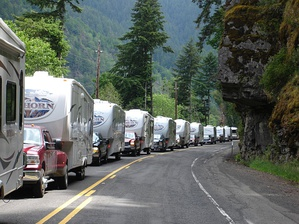 Caravan of Heartland Bighorn RVs on the way to the Summer 2009 Oregon Rally in Winchester, Oregon