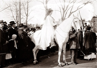 Inez Milholland led the procession.
