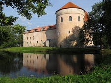 Koluvere Castle, the site of the Battle of Lode between Russian and Swedish troops during the Livonian War. The war ended with the confirmation of Swedish overlord-ship of northern Estonia.