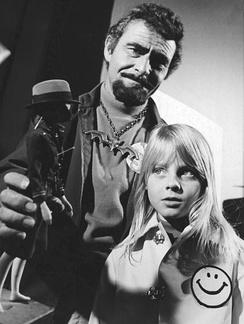 Rod Serling and Jodie Foster in TV's Ironside (1972)