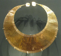 Gold lunula from Blessington, Ireland, Late Neolithic/Early Bronze Age, c. 2400–2000 BC
