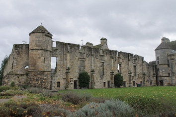 Falkland Palace, north wing from NW