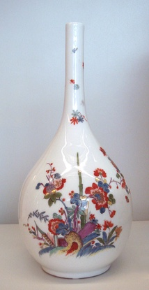 "Meissen hard porcelain vase, circa 1730. Indianische Blume (""Flowers of the Indies"") in imitation of the Kakiemon style of Arita porcelain, Japan. Musée des Arts Décoratifs, Paris."