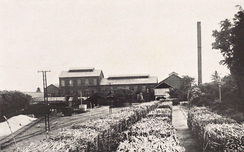 Sugar factory of Nan'yō Kōhatsu, Saipan around 1932