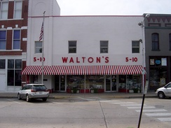 Picture of Sam Walton's original Five and Dime store in Bentonville, Arkansas, now serving as The Walmart Museum.