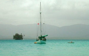 A cruising sailboat anchored in the San Blas Islands, in Panama.
