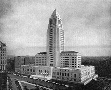1931 photograph of then new City Hall with the now-demolished 10-story International Savings Bank to the immediate left.[6]