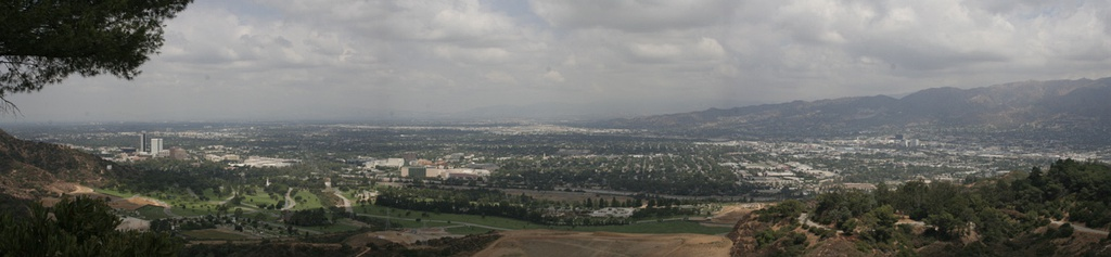 Looking north at Burbank from Griffith Park, 2006