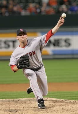 Breslow pitching for the Red Sox in 2006.