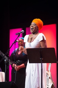 India Arie performing at Texas A&M University–Commerce in April 2014