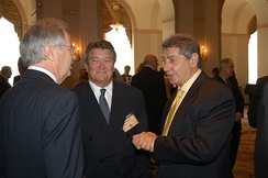 Steve Kroft and Jac Venza in May 2004