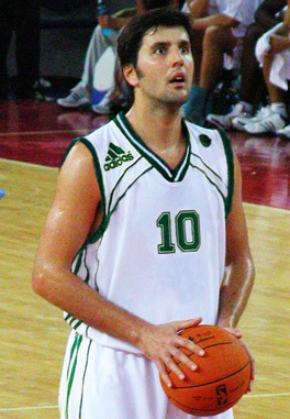 Dejan Bodiroga was the Greek Basket League Finals MVP 2 times (1999, 2000).