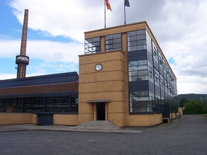 The Fagus Factory in Alfeld by Walter Gropius and Adolf Meyer (1911–13)