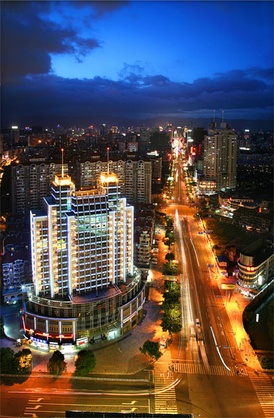 Fuzhou, the capital and largest city in Fujian province