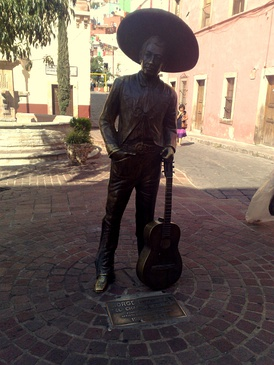 Jorge Negrete helped formulate the charro film genre. Negrete was one of the founders, and the most important leaders, of the Mexican Actors Association, succeeding Cantinflas as its chairman.