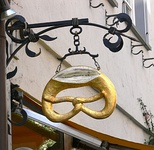 Bakery emblem with a cut in the pretzel, Ravensburg