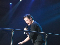 Tiziano Ferro was the first musical guest of the show