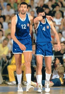 Vlade Divac and Dražen Petrović in the 1990 FIBA World Championship held in Argentina.