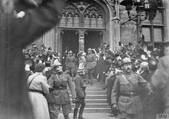 King Albert I cheered by crowds in Ghent during its Liberation in October 1918
