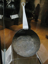 Cooking pan in the museum