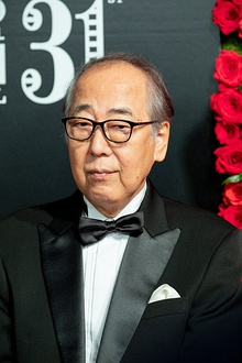 "Kishibe Ittoku from ""Lying to Mom"" at Opening Ceremony of the Tokyo International Film Festival 2018 (30678144367).jpg"