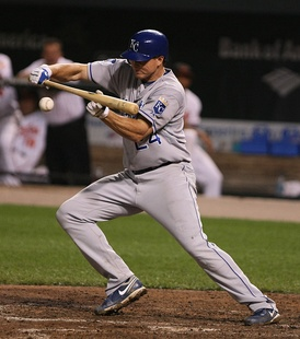 Teahen with the Kansas City Royals in 2009.