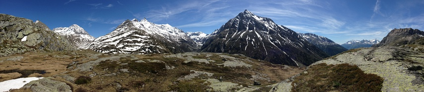 Haute Maurienne (Ambin and Vanoise massifs) and its exposed crystalline basement made of high-pressure subduction rocks such as blueschist and metaquartzite (picture taken at 2,400 metres or 7,900 feet)