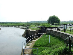 Tarleton Lock, where the Rufford Branch links into the River Douglas.