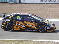 Neal, at the Knockhill round of the 2017 British Touring Car Championship.