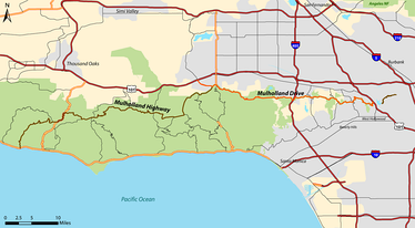 Mulholland Drive (orange) and Mulholland Highway (brown) within Los Angeles County.