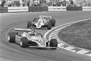 Laffite in the JS17 leading Carlos Reutemann at the 1981 Dutch Grand Prix