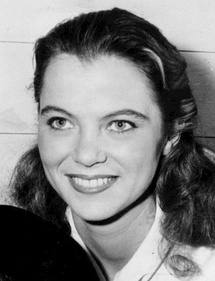 The performances of Jack Nicholson and Louise Fletcher garnered widespread praise and won them the Academy Awards for Best Actor and Best Actress respectively.