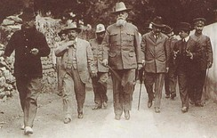 Venustiano Carranza and other leaders of the Mexican constitutionalist movement in Querétaro in 1916.