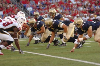 A snap during the 2005 Navy-Maryland game.