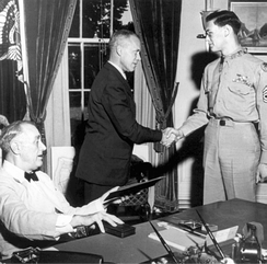 Forrest L. Vosler receiving Medal of Honor from President Roosevelt.