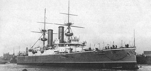 HMS Triumph (1903) as completed January 1904.jpg