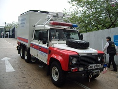6-wheel Land Rover Defender, Hong Kong Police Bomb Disposal