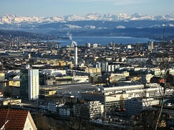 The densely populated Swiss Plateau: view of Zurich from Waidberg