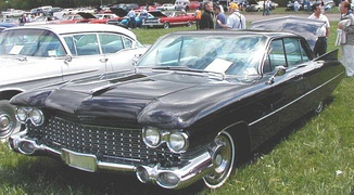 1959 Cadillac Eldorado Brougham, showing the more modest tail fin design to come to all Cadillacs in 1960