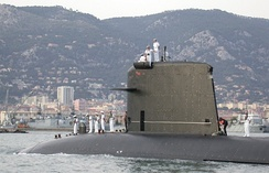 The nuclear-propelled French submarine Saphir returning to Toulon, its home port, after Mission Héraclès.