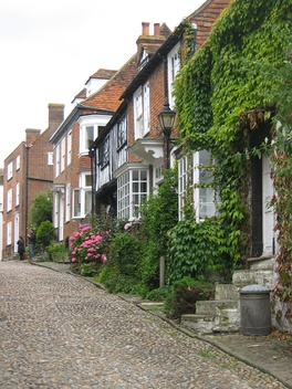 Mermaid Street in Rye showing typically steep slope and cobbled surface