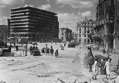 Berlin in ruins after World War II (Potsdamer Platz, 1945)