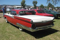 "1959 Skyliner, the Ford Galaxie models displayed both ""Fairlane 500"" and ""Galaxie"" badges"