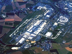 In 2017 Paris-Charles de Gaulle Airport was the second-busiest airport in Europe and the tenth-busiest airport in the world.[281]