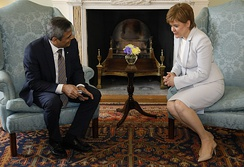 Sturgeon meets with High Commissioner of Pakistan Mohammad Nafees Zakaria, 2019
