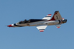 A T-38 Talon in Thunderbirds livery at the Alliance Air Show in 2014