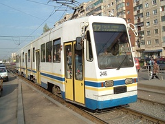 1997: Along with FAUR, Electroputere is invited in the V3A modernization programme, modernizing 13 trams, 10 using home-made equipment.