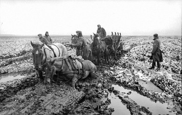 Wehrmacht horse carriage sunk in deep mud in Kursk Oblast, March–April 1942
