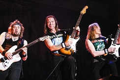 Adrian Smith (left) re-joined Iron Maiden in 1999, resulting in a three guitar line-up.