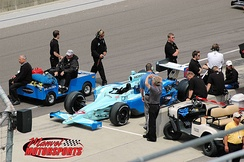 The SFR team during practice for the 2008 Indy 500